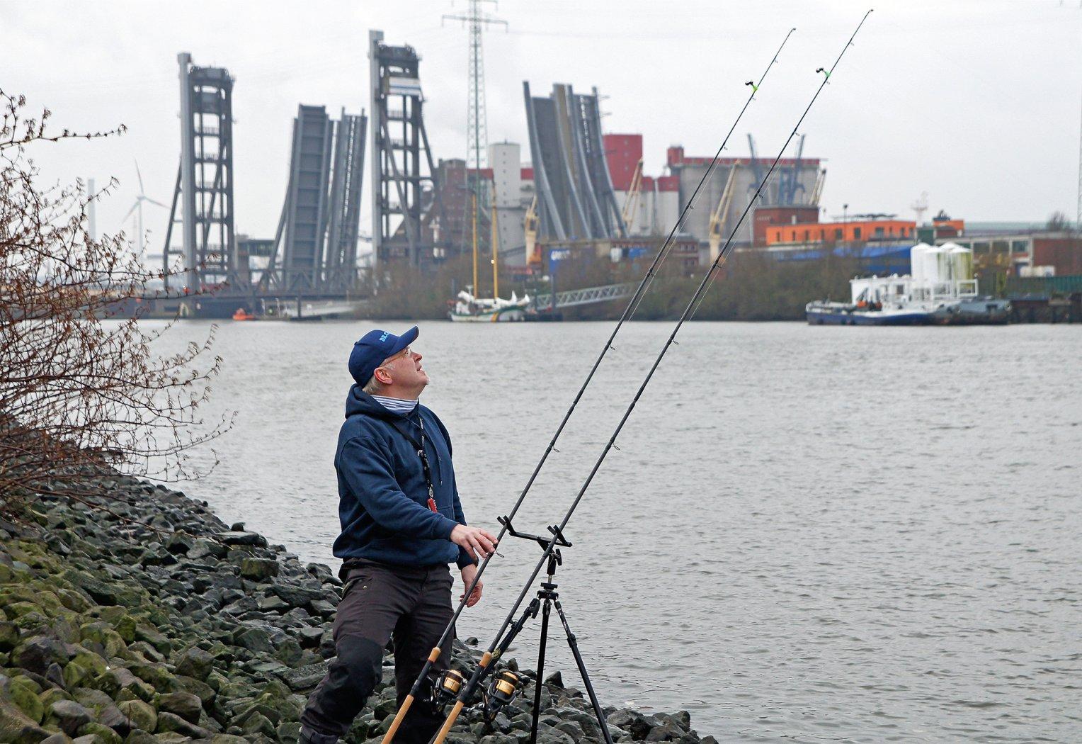 Zanderangeln am Hamburger Hafen