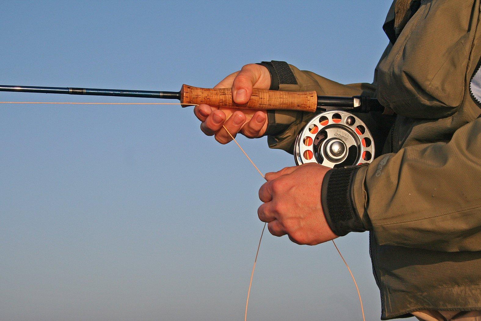 fleieg richtig einstrippen beim meerforellenfischen