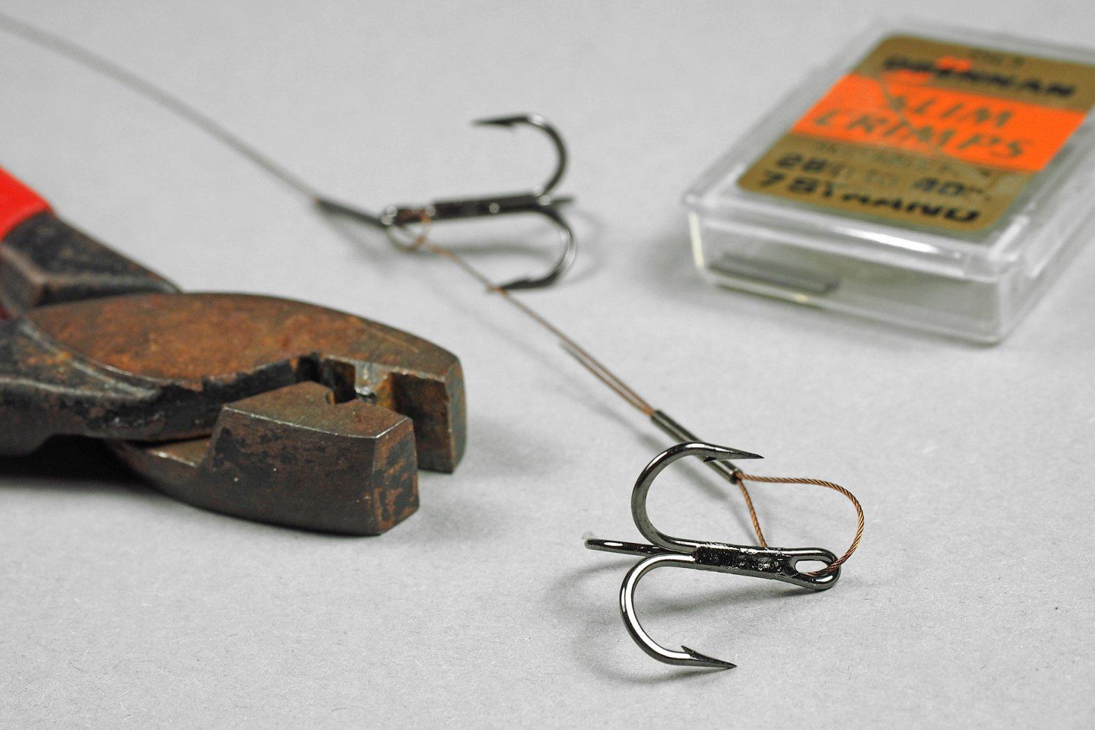 Köderfischvorfach mit zwei Drillingen
