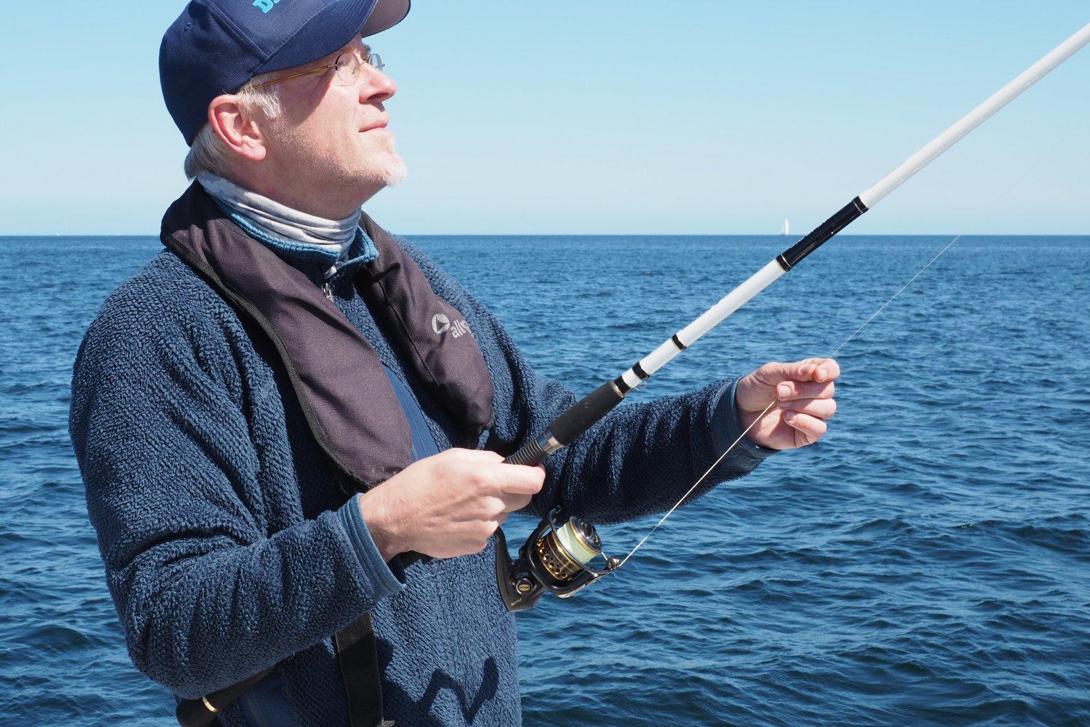 angeln mit buttlöffel vom boot