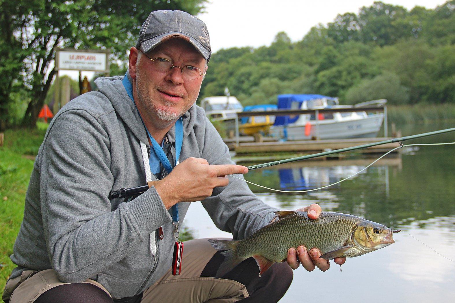 Aland beim Fliegenfischen gefangen