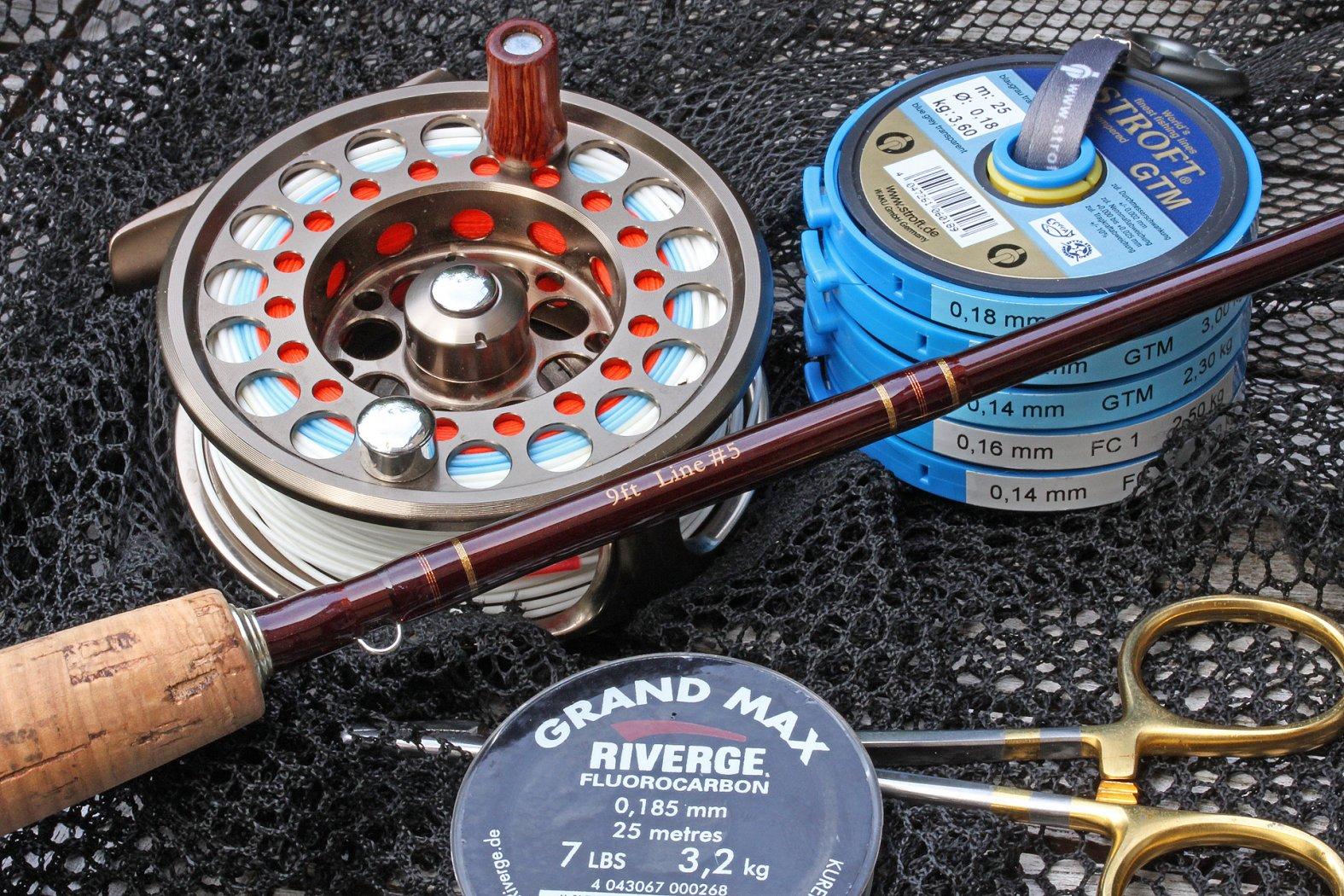 Angelgerät zum Fliegenfischen auf Aland