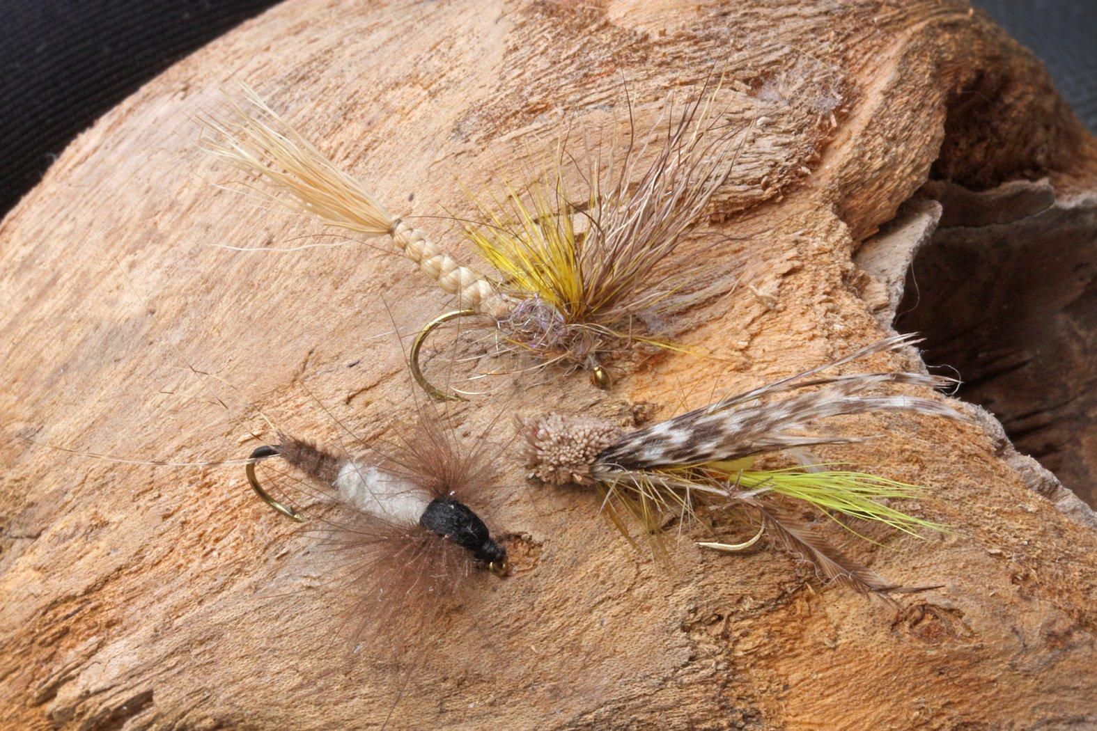 Trockenfliegen zum Fischen auf Aland