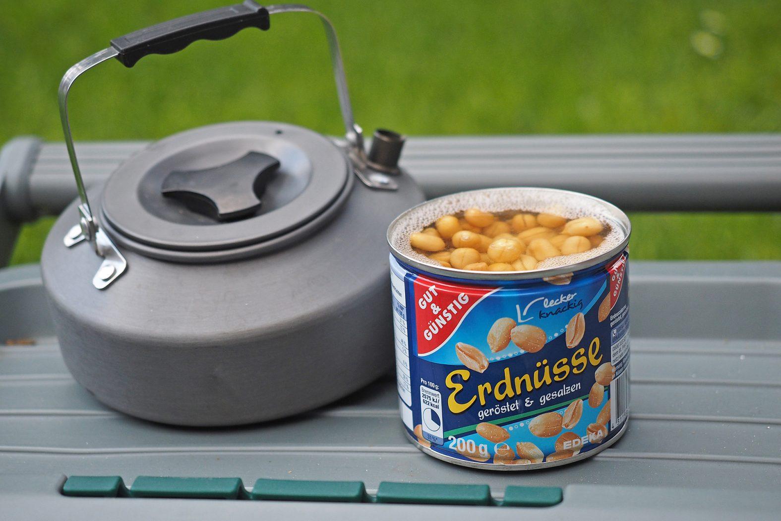 Erdnüsse zum Karpfenangeln