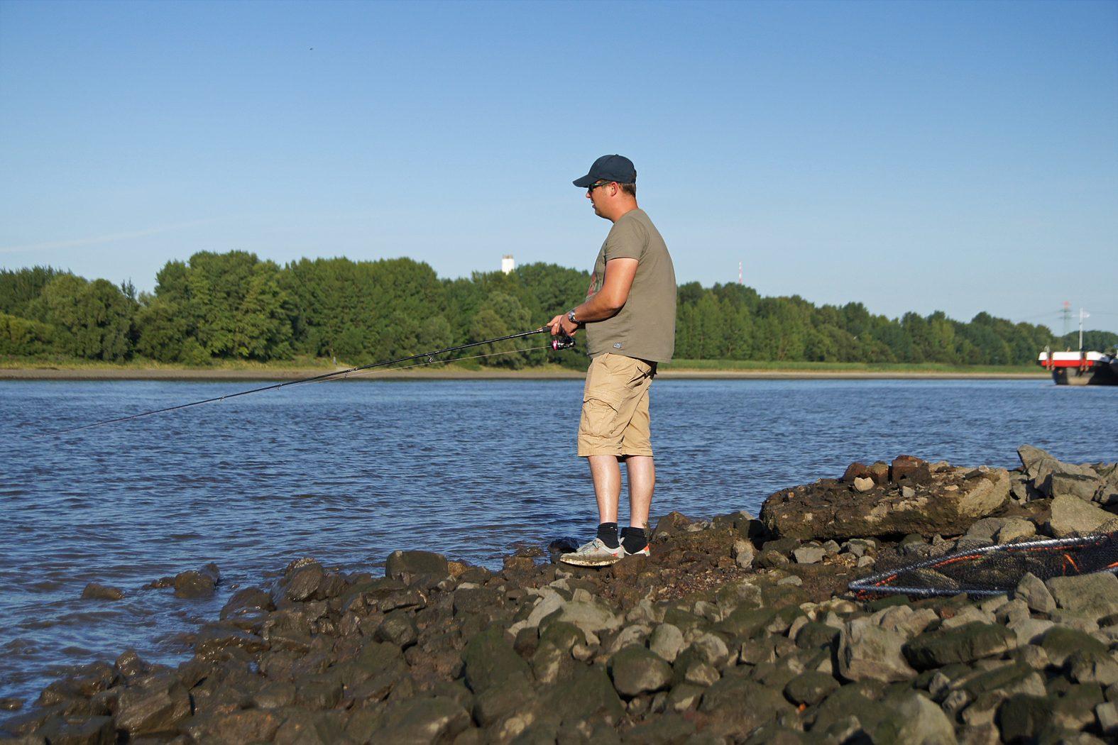 Zander angeln am Fluss