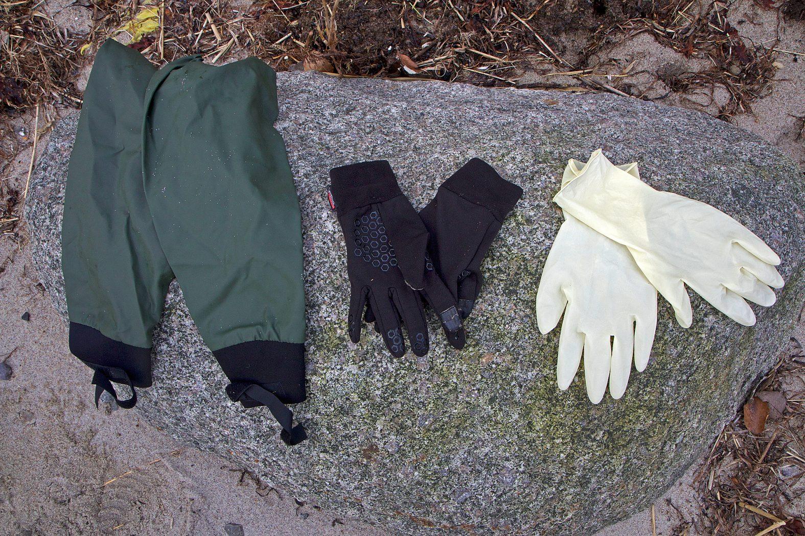 Ärmelschoner und wasserdichte Handschuhe