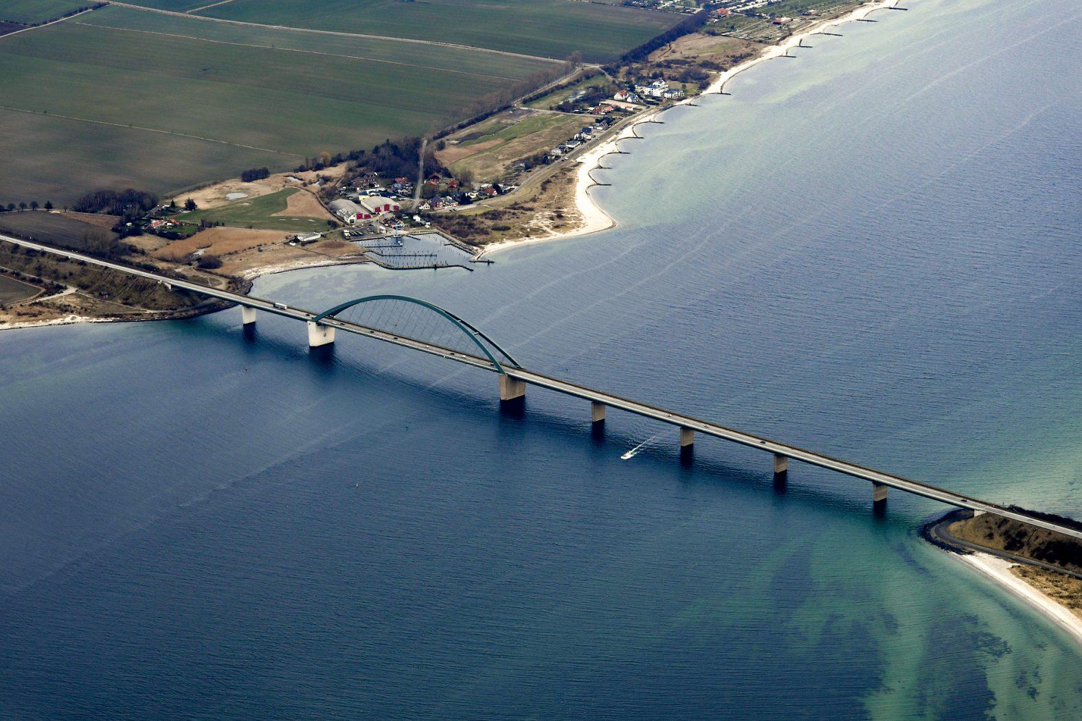 Angeln auf Fehmarn: Anfahrt über die Fehmarnsundbrücke