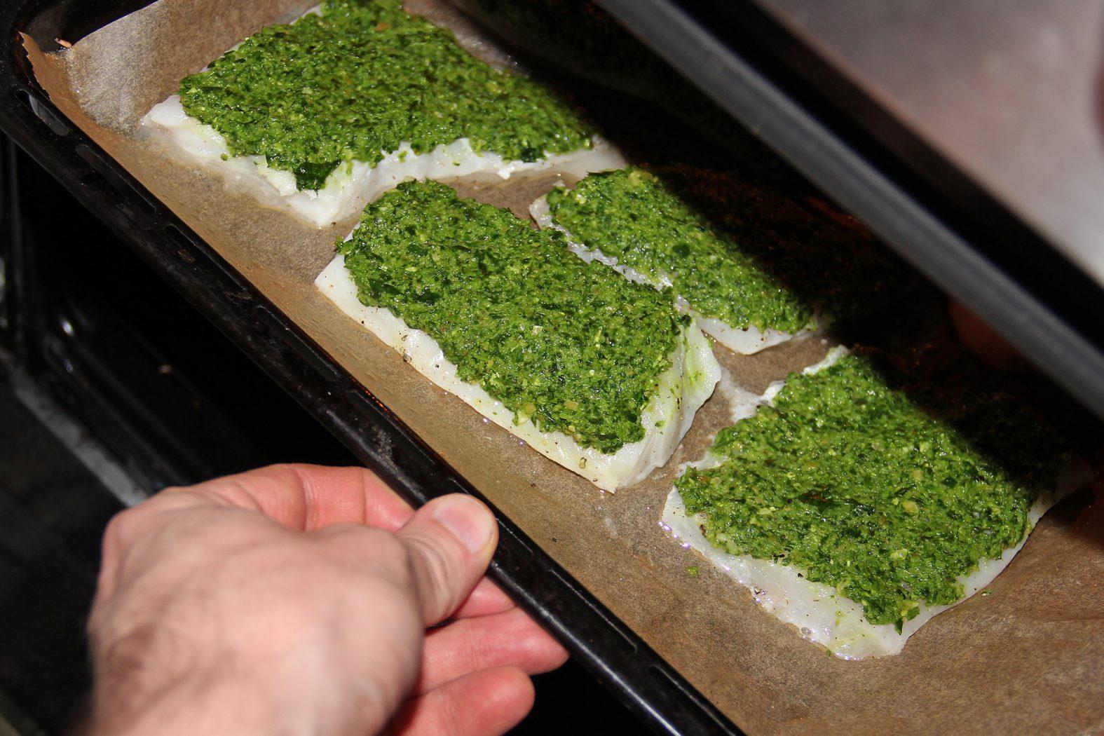 Dorsch mit Kruste im Ofen gebacken
