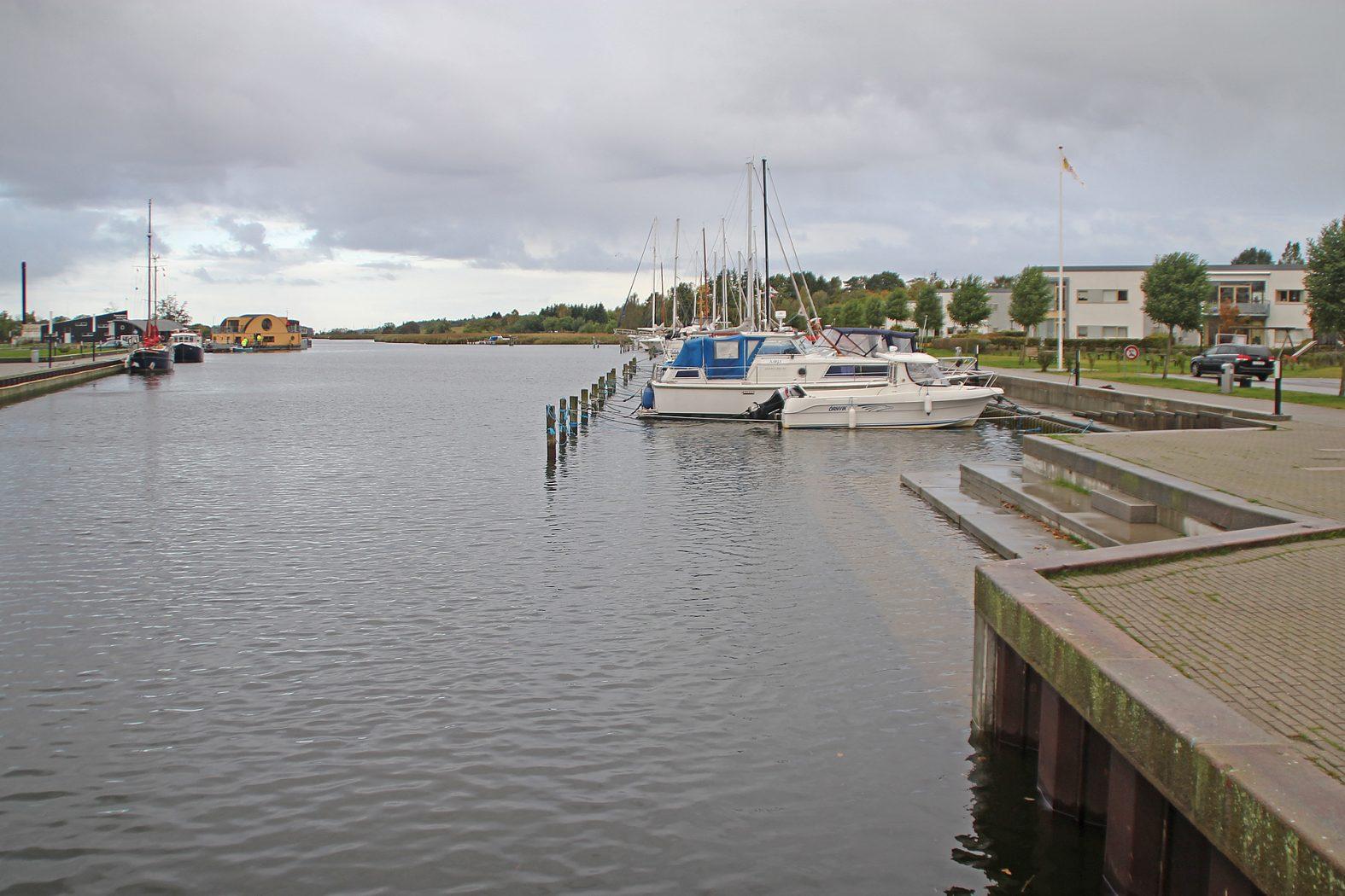 Angeln im Hafen von Sakskøbing