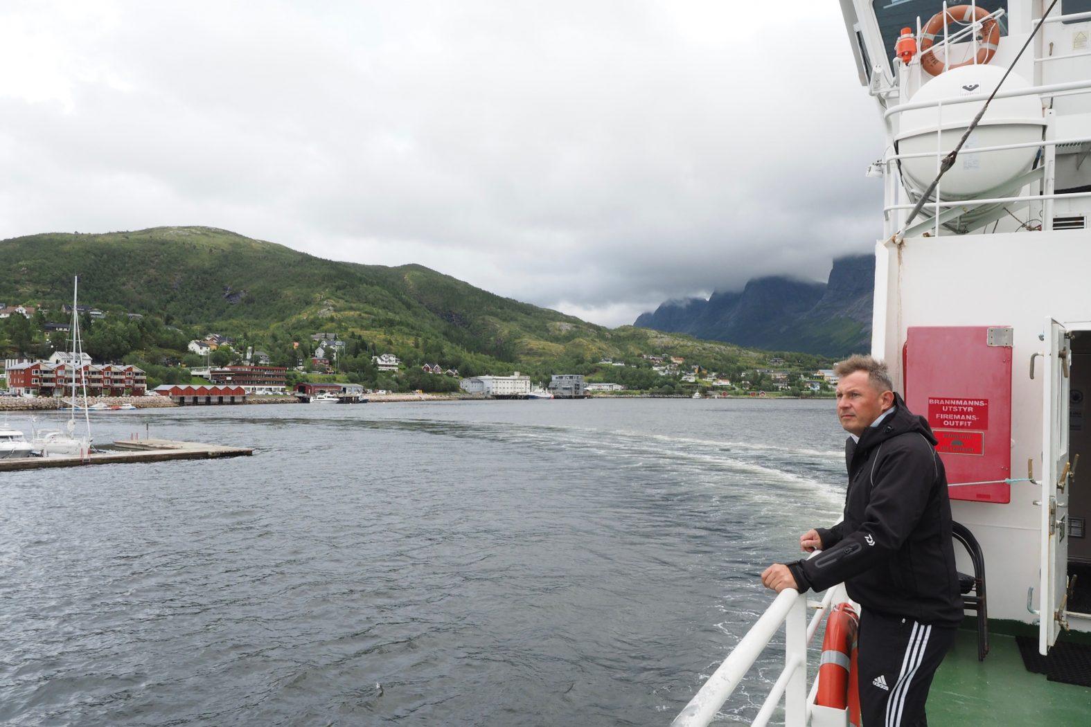 Fähre Ørnes Meløya