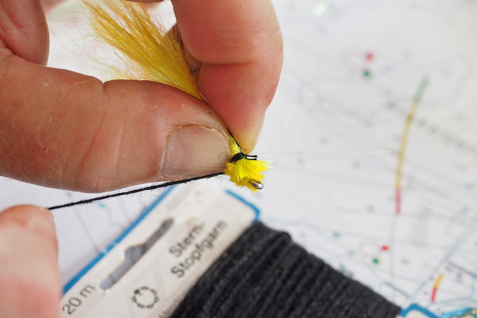 Fliegen für Seelachs selber binden