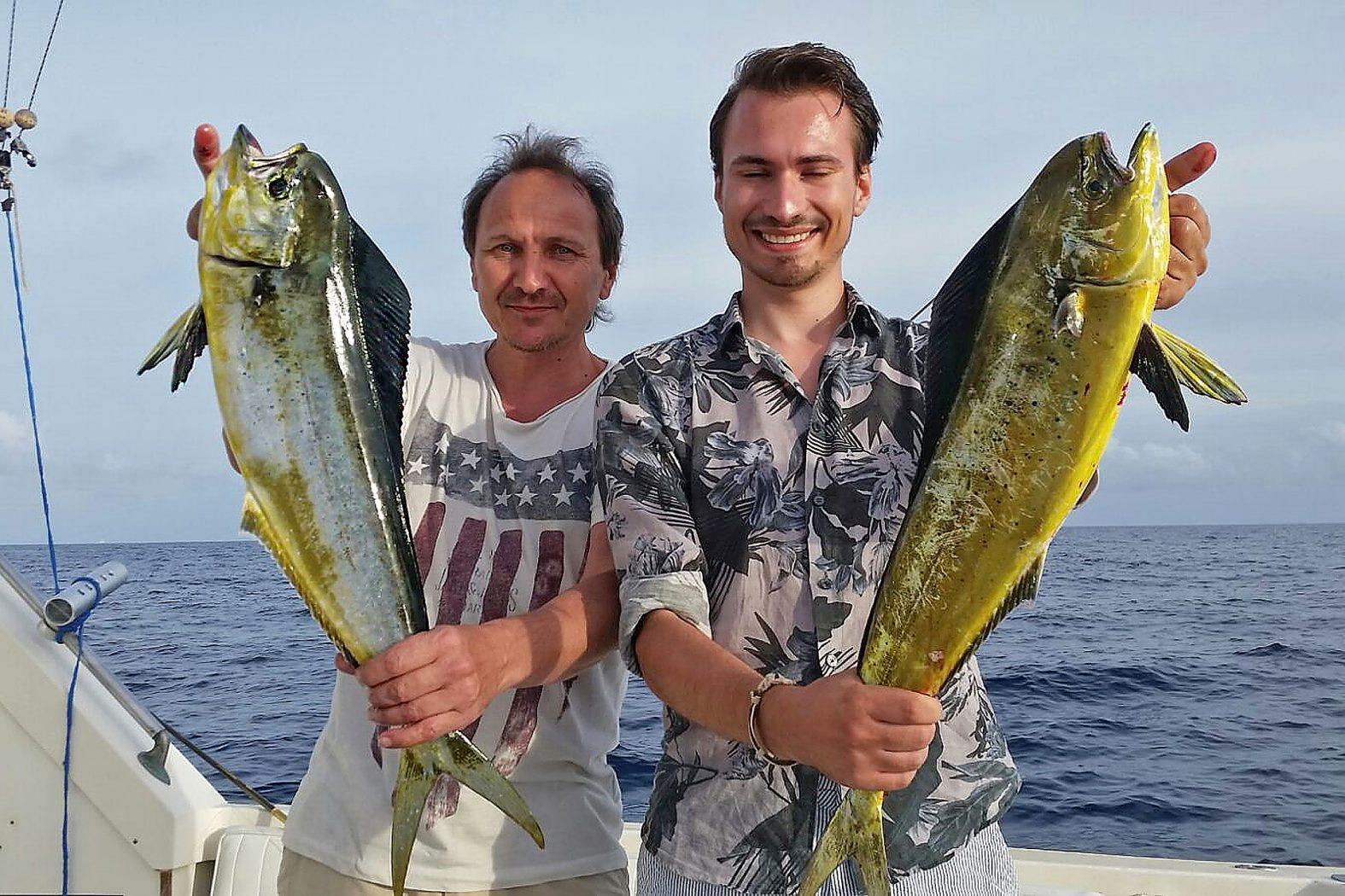 Goldmakrele angeln auf den Balearen vor Ibiza und Mallorca