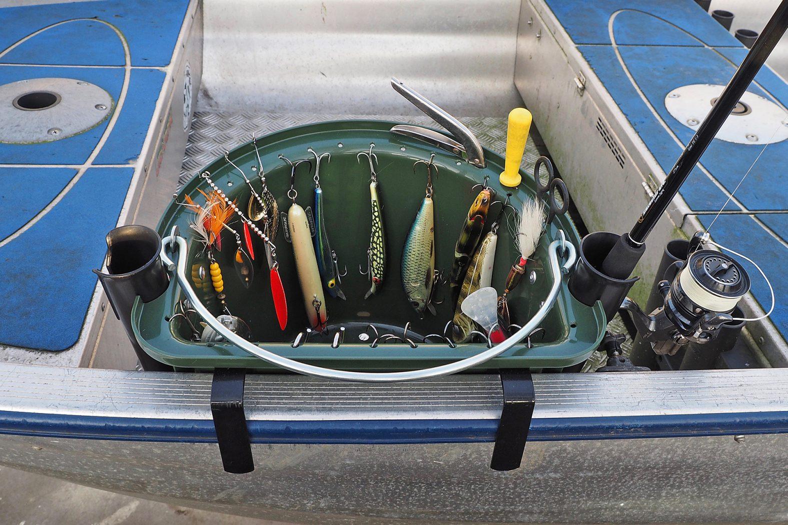 Ködereimer im Boot