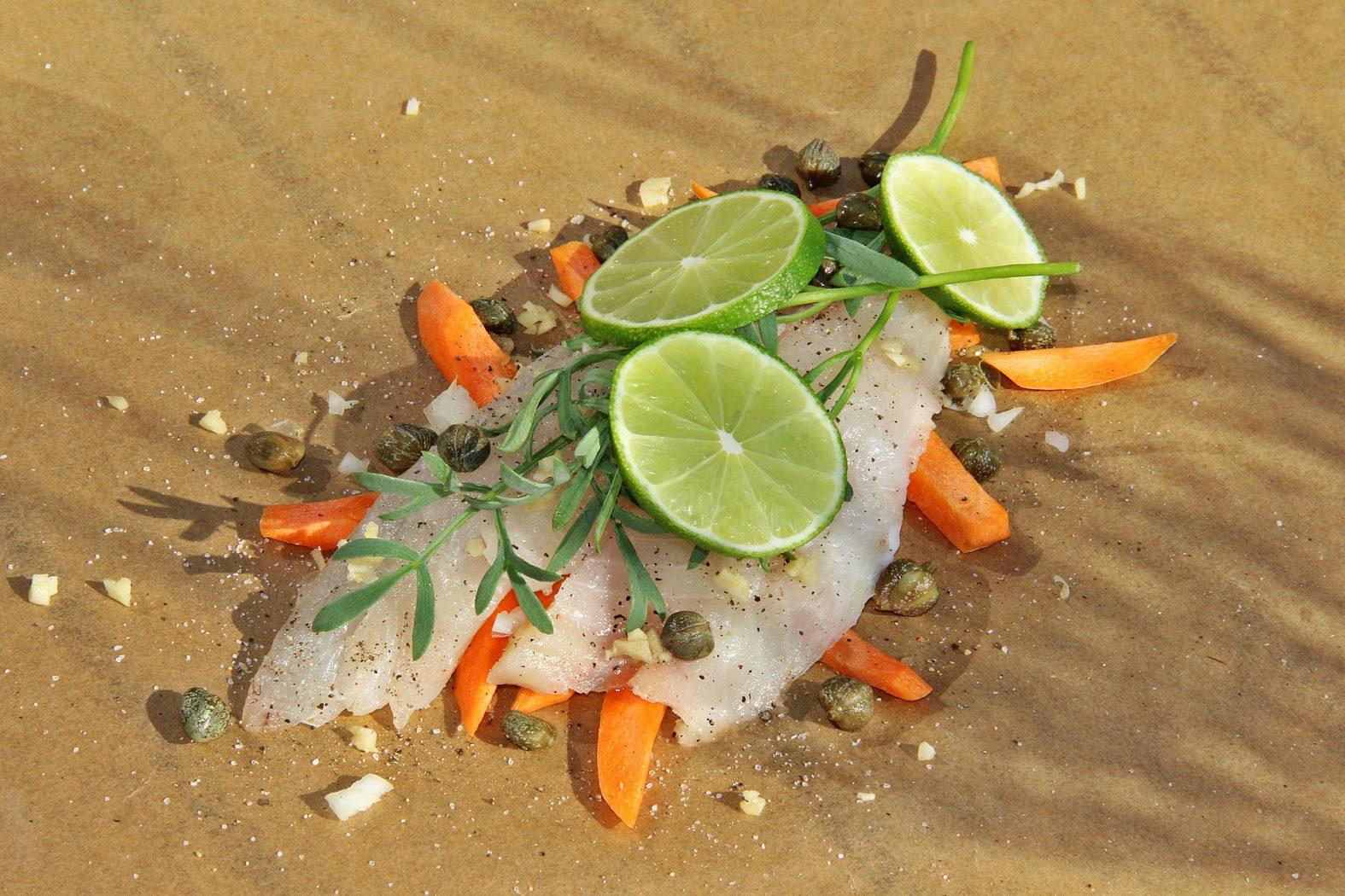 Das Rezept für gebackene Dorade mit Meerfenchel im Päckchen