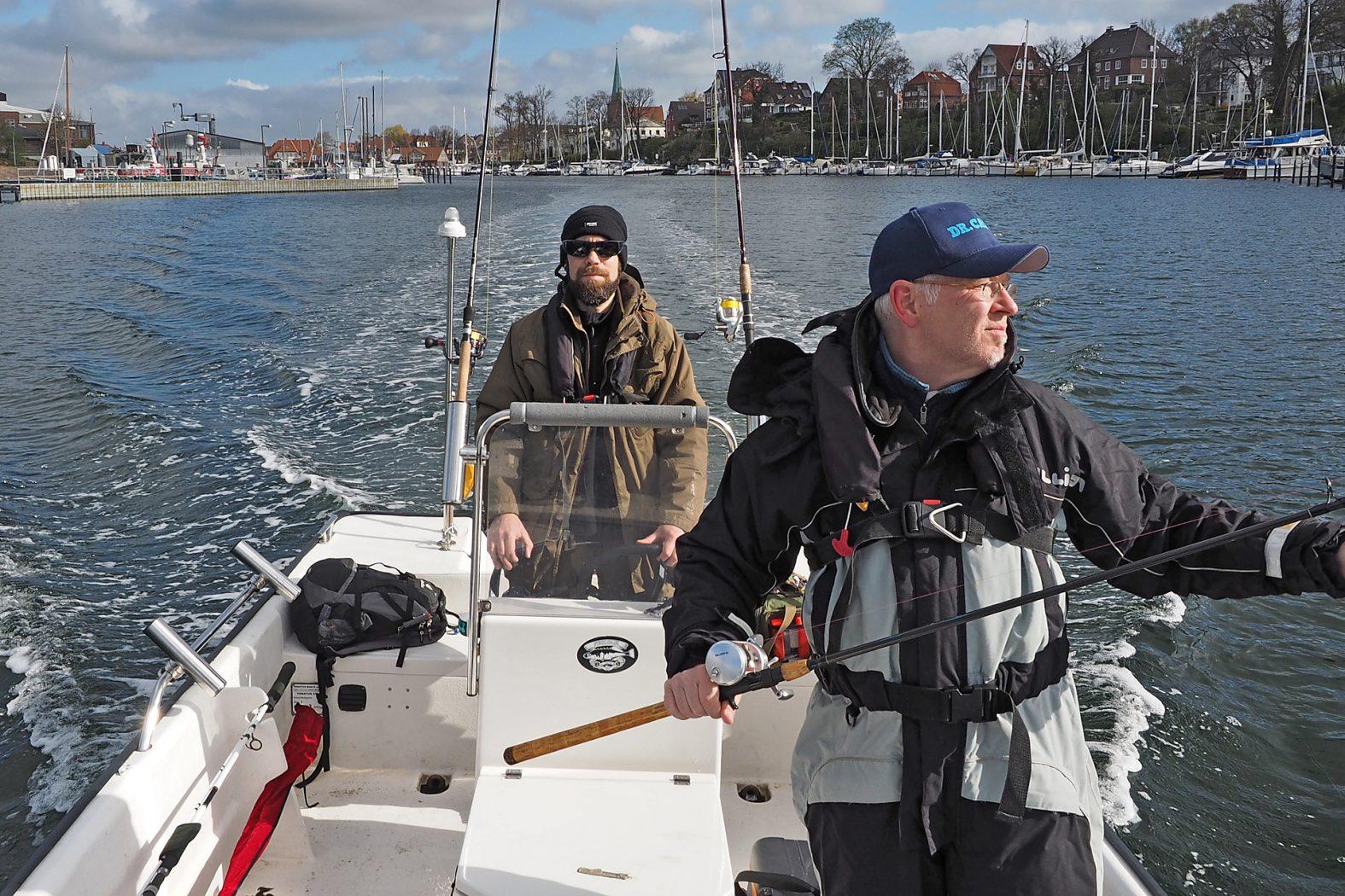 Dorschangeln auf der Ostsee mit Leihboot