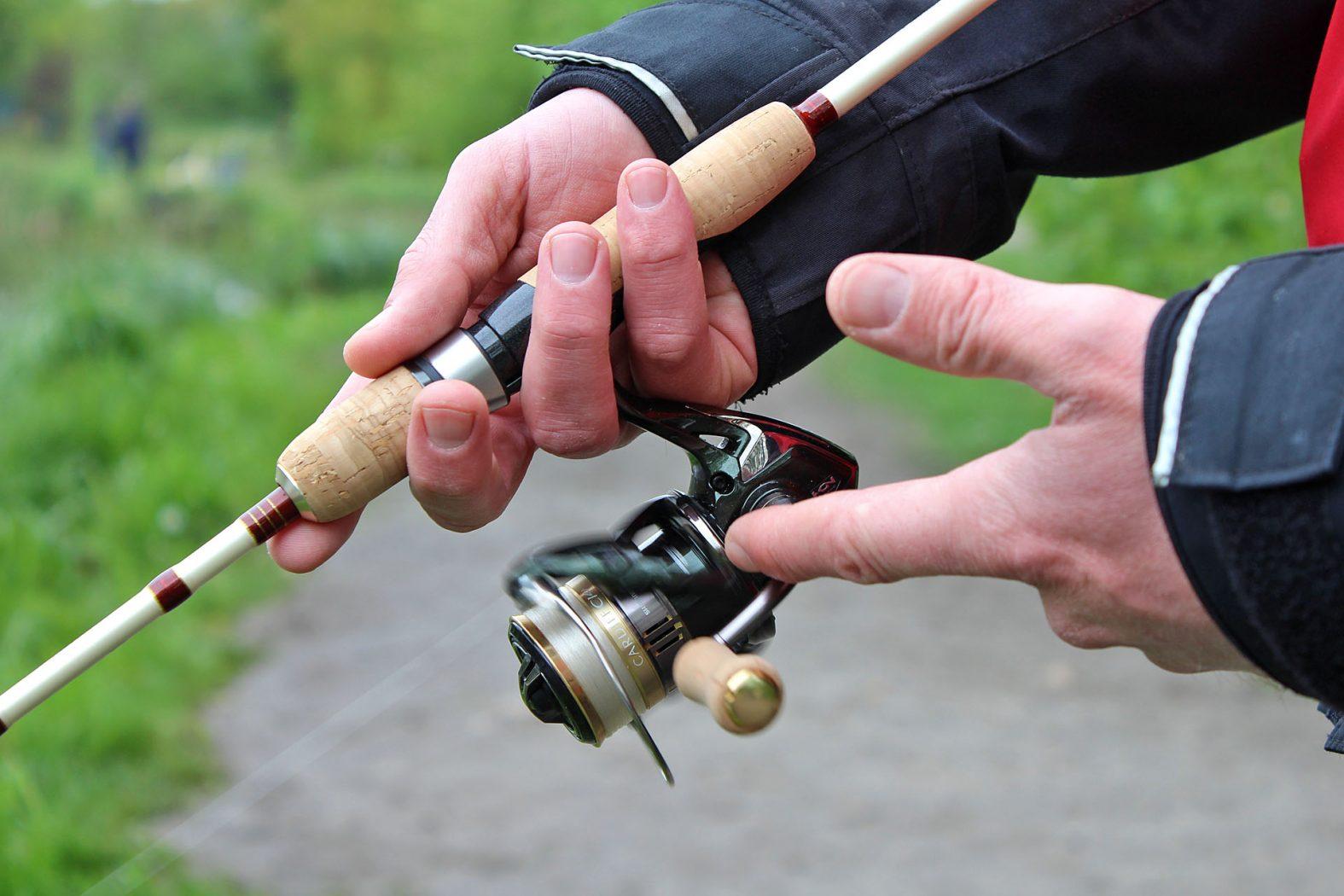 Ultraleicht angeln auf Forelle mit Spoon