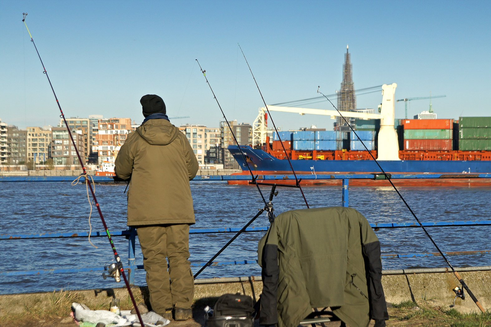 Butt angeln am Hamburger Hafen