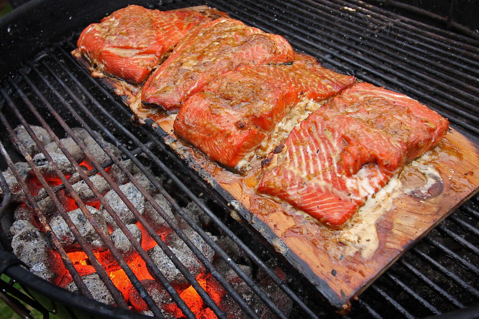 Rösle Gasgrill Buddy G40 2000w : Fisch grillen am gasgriller forelle grillen schritt für schritt