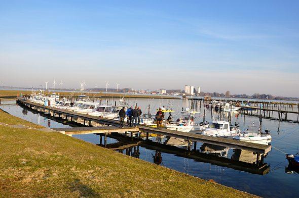 Trollingboote im Hafen von Burgtiefe auf Fehmarn