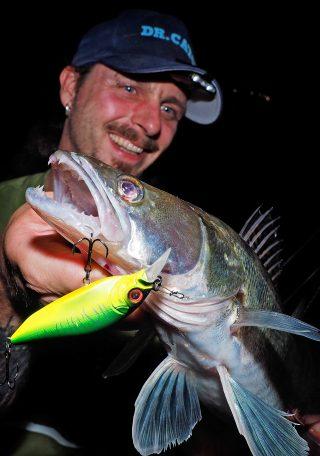 Zander angeln nachts mit Wobbler